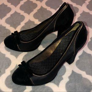 BCBGMaxAzria Velvet Black And Gold Heels